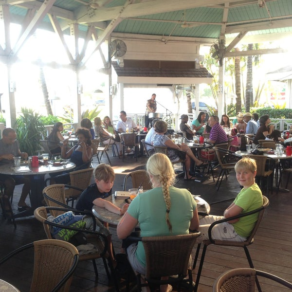 Photo taken at Bahama Breeze by Sander v. on 4/28/2013