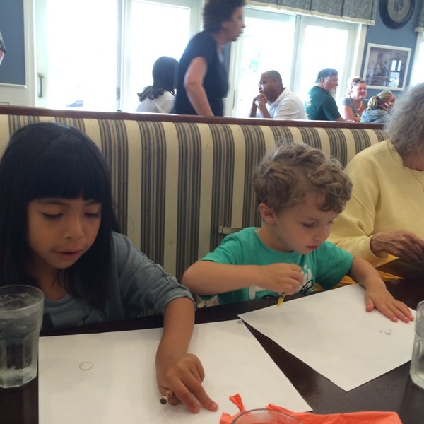 Photo taken at Southern Belle's Pancake House by Michael D. on 8/17/2014