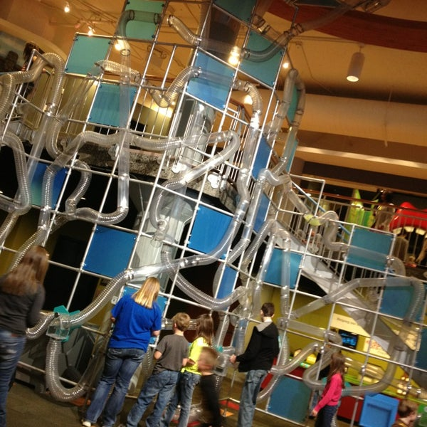 Photo taken at Museum of Discovery Little Rock by Stephanie L. on 2/17/2013