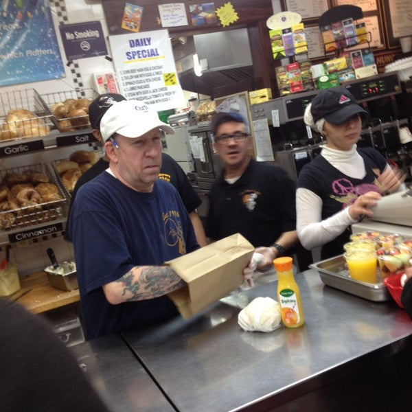Photo taken at La Bagel Delight by David H. on 3/30/2014