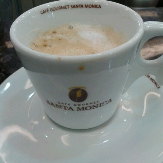 Photo taken at Bella Trigueira Padaria by Liz M. on 9/20/2012