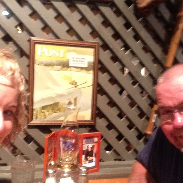 Photo taken at Cracker Barrel Old Country Store by Rene P. on 6/8/2013