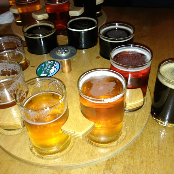 Photo taken at Snake River Brewery & Restaurant by Jeffrey M. on 3/6/2013
