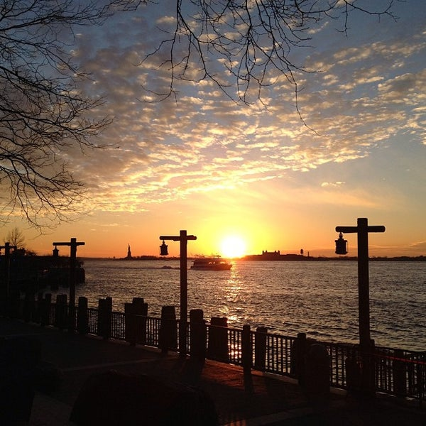 Photo taken at Battery Park City Esplanade by Eelain S. on 12/28/2012