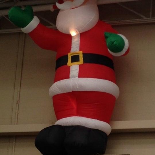 Photo taken at Walmart Supercenter by Cliff K. on 9/25/2012