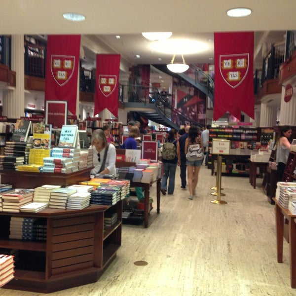 Photo taken at Harvard Coop Society Bookstore by Marty C. on 8/26/2013