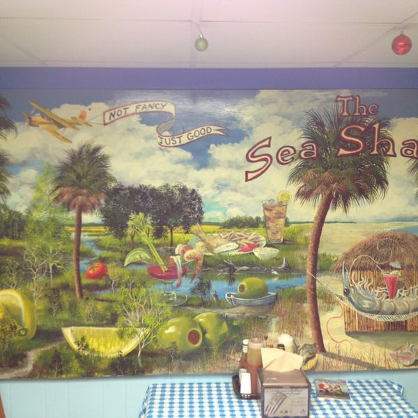 Photo taken at Sea Shack by Cami G. on 12/30/2012