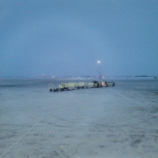 Photo taken at Saskatoon John G. Diefenbaker International Airport (YXE) by Tapio on 12/19/2012