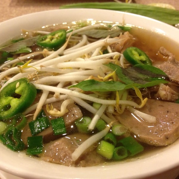 Pho quang trung asian restaurant in little saigon for Asian cuisine and pho