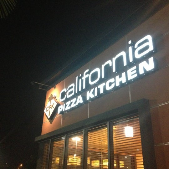 California Pizza Kitchen Town Center Hours