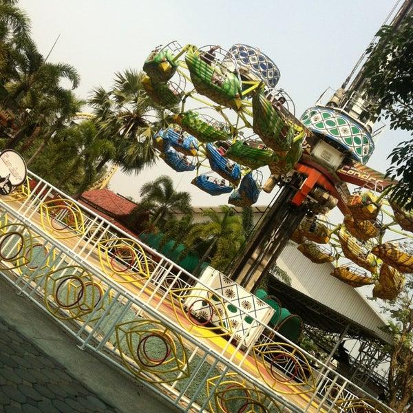 Photo taken at Siam Park City by Shashi Tharanga F. on 2/26/2013