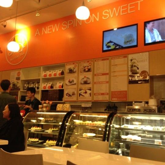 Spot dessert bar koreatown new york ny for 22 thai cuisine new york ny