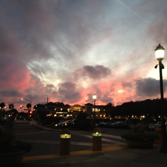 Photo taken at Carlsbad Premium Outlets by Shingo M. on 10/7/2012