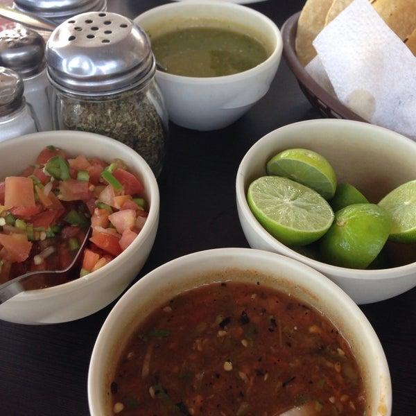 Photo taken at Pozole y Tacos Regios by Miriam A. on 11/16/2014