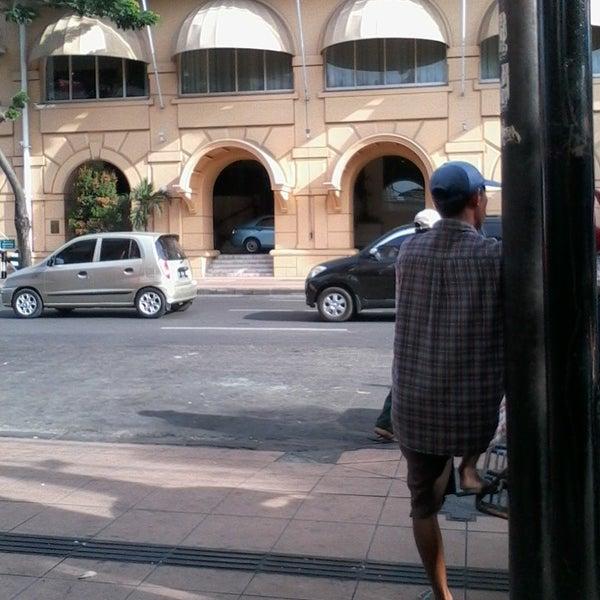 Photo taken at Pusat Grosir Jembatan Merah Plasa (JMP) by Yu J. on 7/20/2014