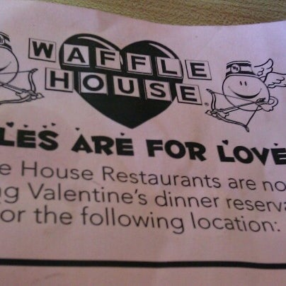 Photo taken at Waffle House by Phyllis C. on 2/2/2013