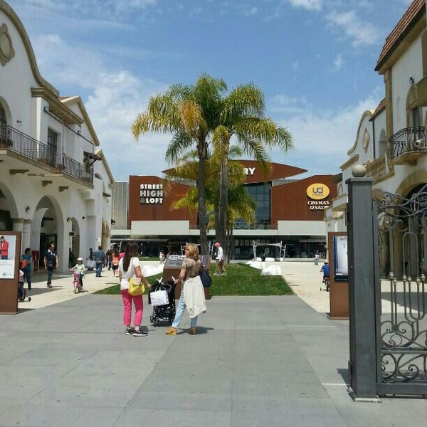 Photo taken at Fashion District - Molfetta Outlet by Mino C. on 5/25/2014