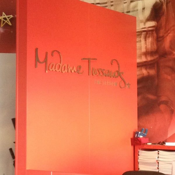 Photo taken at Madame Tussauds by Наталья Б. on 3/14/2014