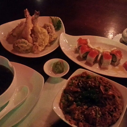Photo taken at Nori The Japanese Kitchen Lounge by iqbal r. on 8/30/2014