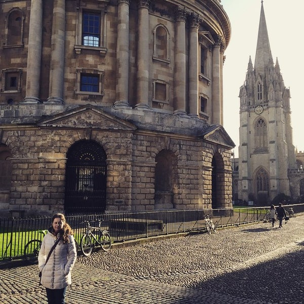 Photo taken at Radcliffe Camera by Luigi Giginho V. on 1/2/2015