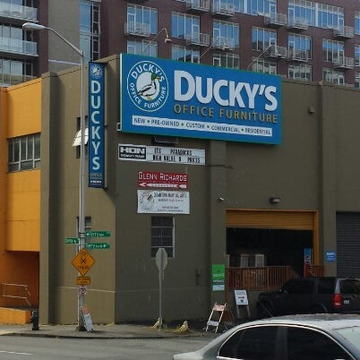 Ducky 39 S Office Furniture Tienda De Muebles Art Culos Para El Hogar En South Lake Union