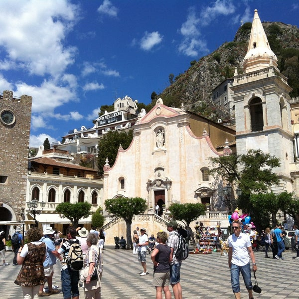 Where's Good? Holiday and vacation recommendations for Taormina, Italia. What's good to see, when's good to go and how's best to get there.