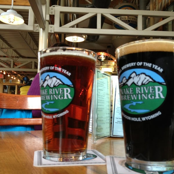 Photo taken at Snake River Brewery & Restaurant by Vegas U. on 10/3/2013