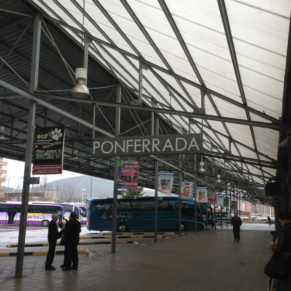 Photo taken at Estación Autobuses de Ponferrada by Premruethai S. on 4/1/2013