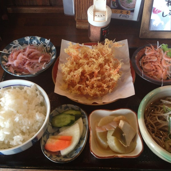 Photo taken at 食堂さくら屋 by n.waka on 2/22/2013