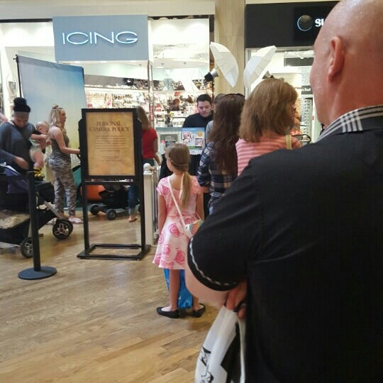 Photo taken at Paradise Valley Mall by Brian H. on 3/25/2016
