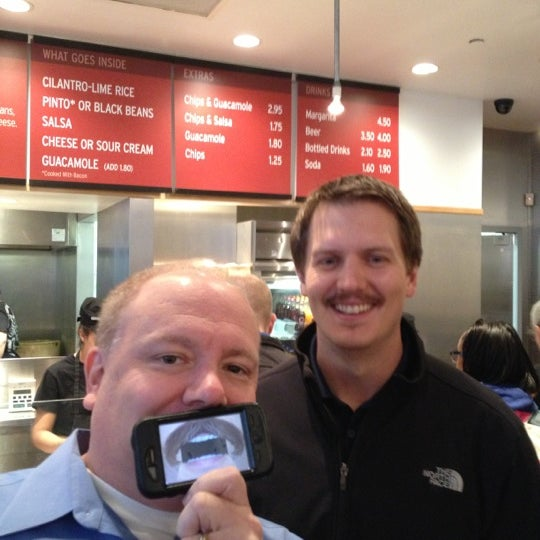 Photo taken at Chipotle Mexican Grill by Pork C. on 11/20/2012