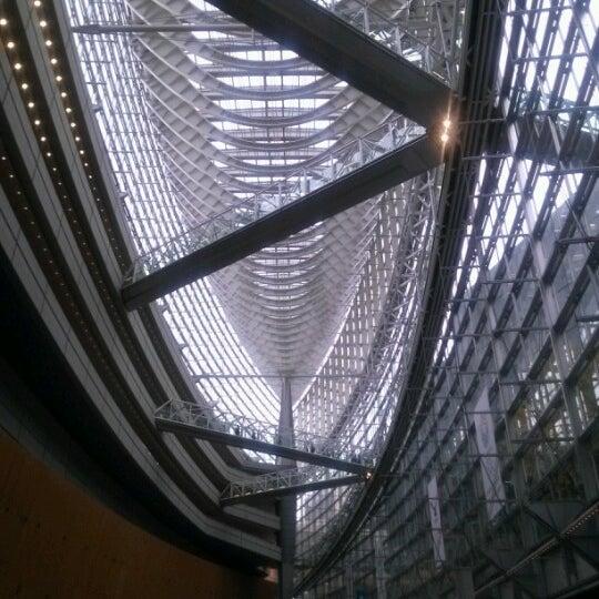 Photo taken at 東京国際フォーラム ガラス棟 by Kaz I. on 11/30/2012