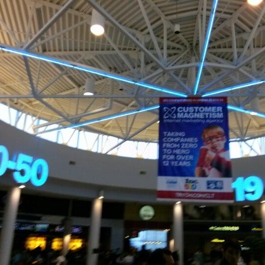 Concourse E Airport Terminal In Charlotte