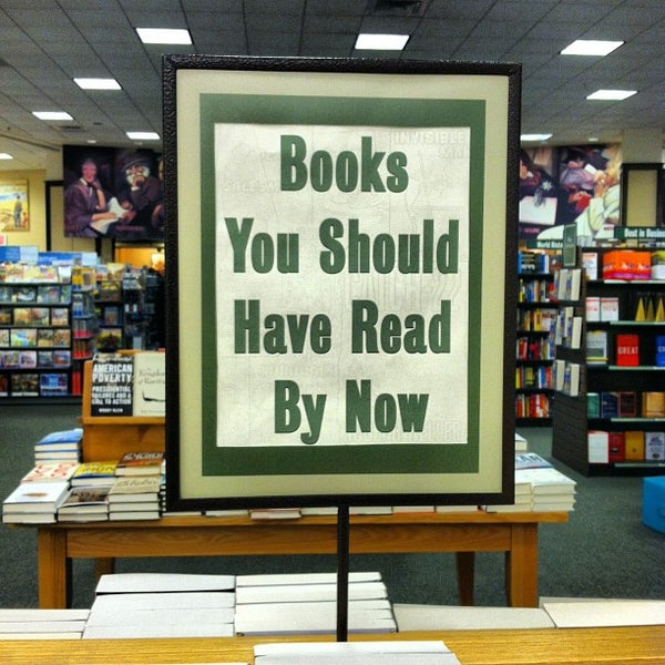Photo taken at Barnes & Noble by Zach L. on 1/26/2013