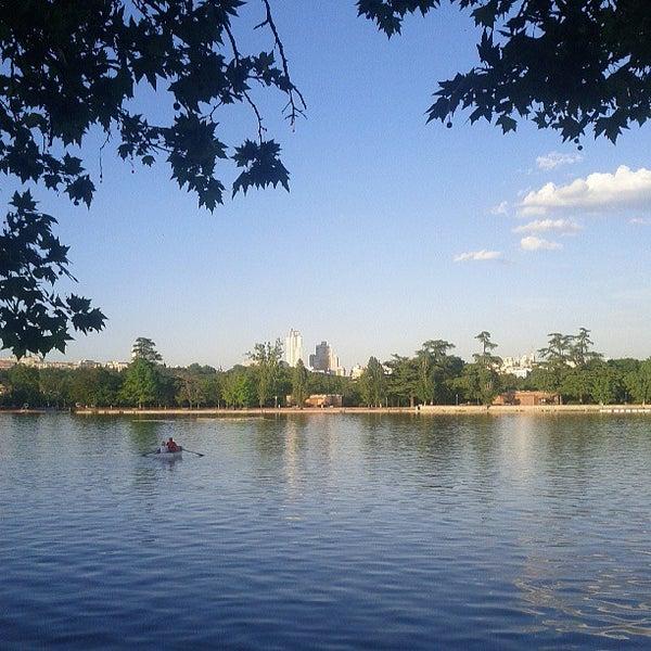 Photo taken at Lago de la Casa de Campo by Andrés C. on 5/13/2013