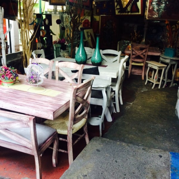 Fotos en mercado de muebles crea coyac n distrito federal for Crea muebles