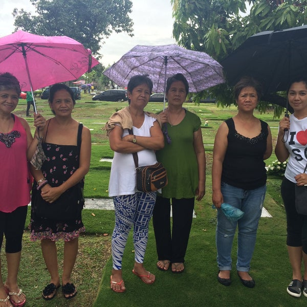 Photo taken at Manila Memorial Park by Maricel B. on 6/21/2015