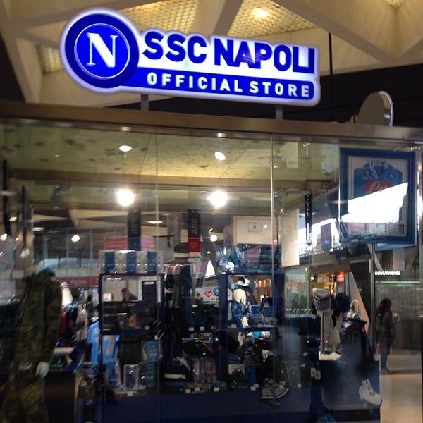 Photo taken at Stazione Napoli Centrale by Pietro V. on 1/28/2014