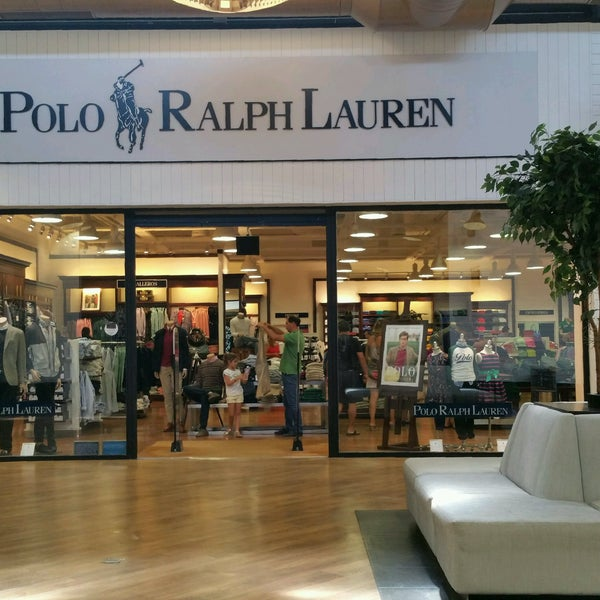 Store: Dallas Area Allen NOTE: This is not necessarily a list of all Polo Ralph Lauren Texas locations - these are only the stores at the Texas outlet malls in MallSeeker's database. See all outlet malls in Texas: top of page. Shoppers' Comments on Polo Ralph Lauren.