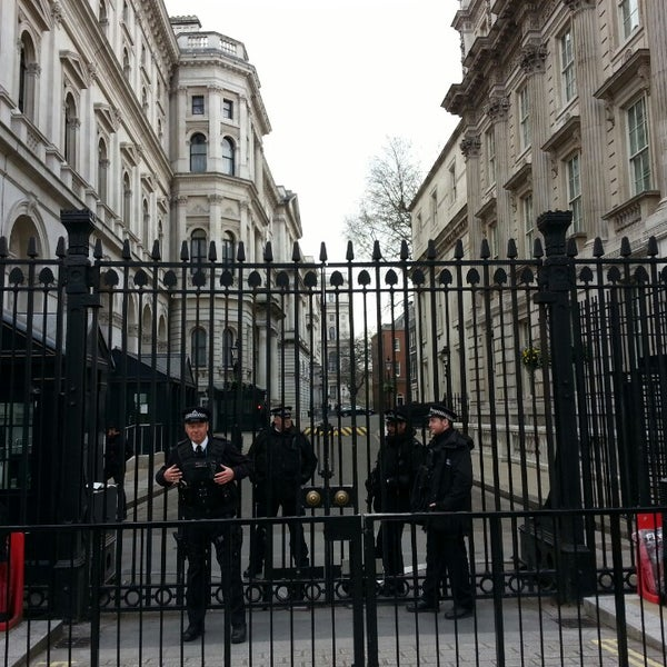 Photo taken at 10 Downing St. by .Manu A. on 3/27/2014