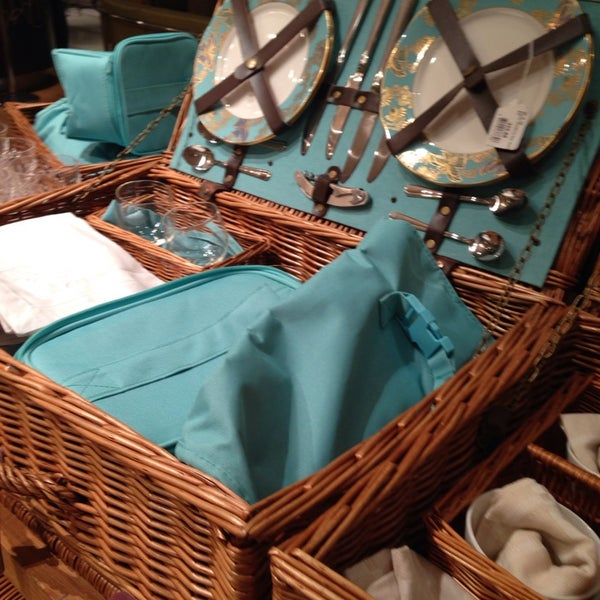 Photo taken at Fortnum & Mason 1707 Wine Bar by Gina H. on 3/1/2014