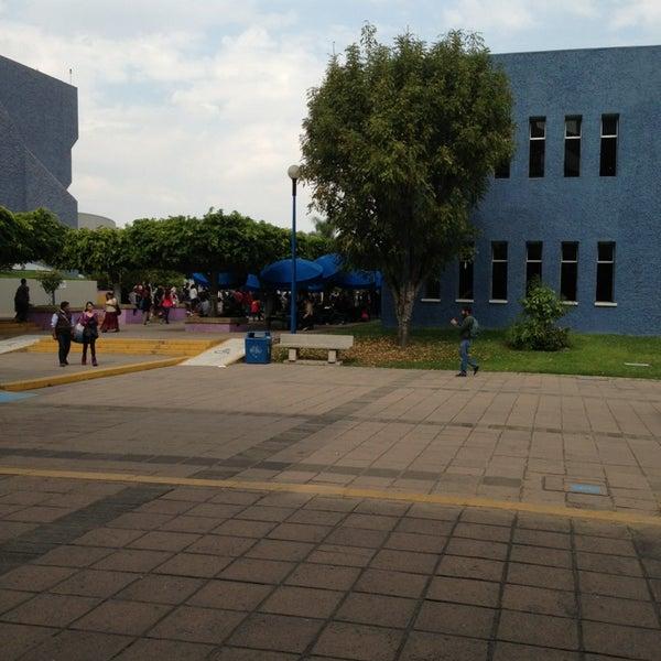 Photo taken at Universidad del Valle de Atemajac (UNIVA) by J E. on 1/28/2013