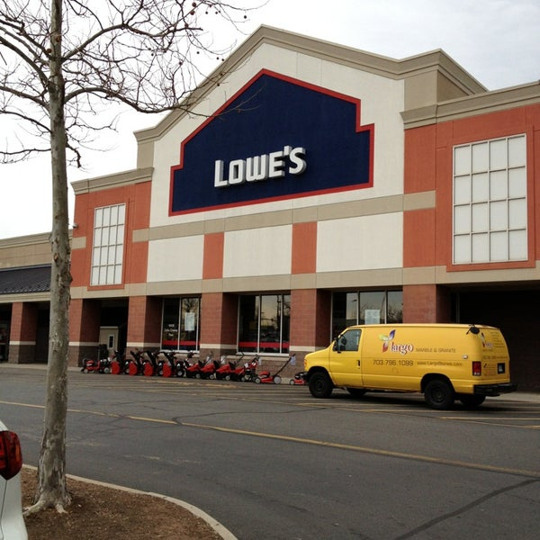 Lowe 39 S Home Improvement Dulles Town Crossing Sterling Va