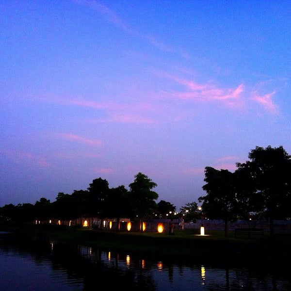 Photo taken at สวนวนธรรม by Law C. on 11/22/2014