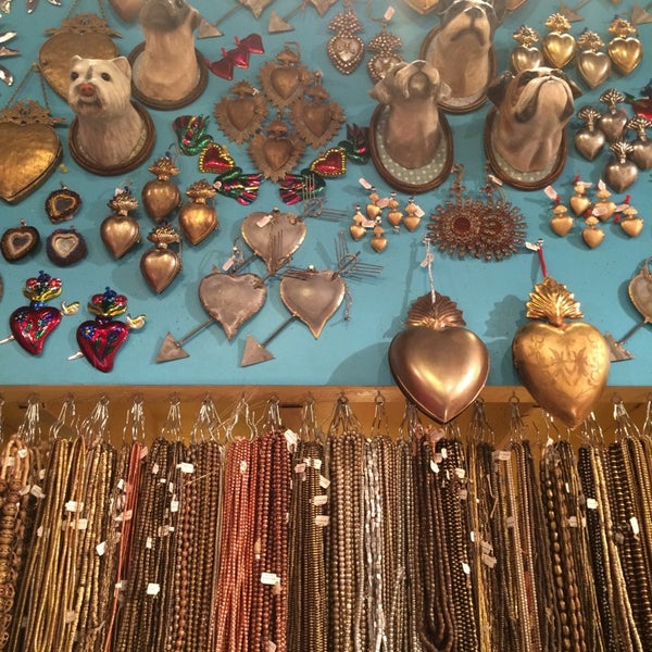 Photo taken at Beads of Paradise by Ersellia F. on 3/31/2014