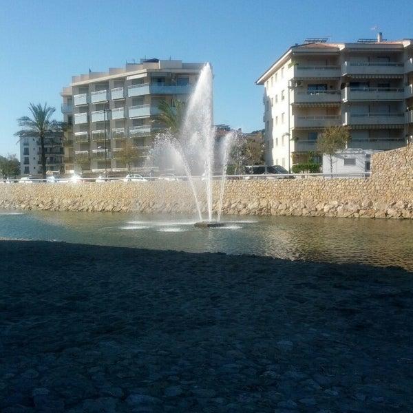 Photo taken at Platja de Calafell by Manuel J. H. on 5/25/2013