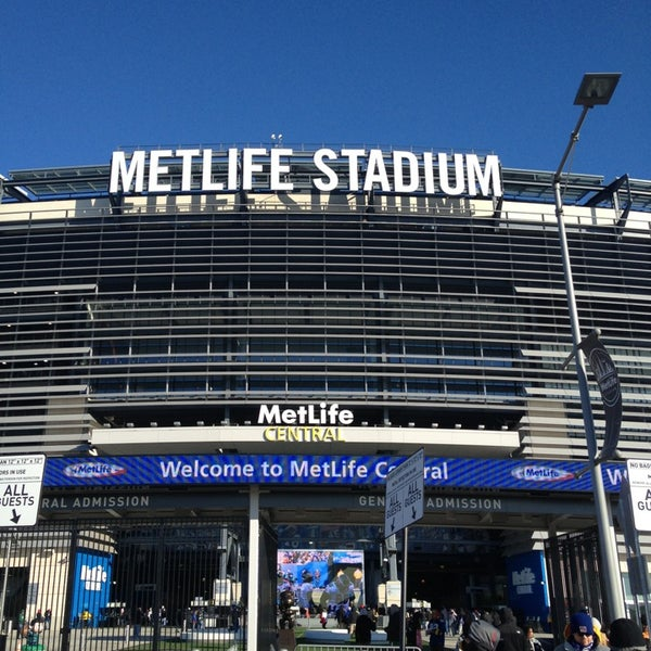 Photo taken at MetLife Stadium by Julio A. on 12/30/2012