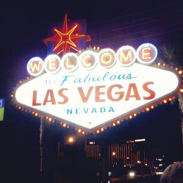 Photo taken at Welcome To Fabulous Las Vegas Sign by Mateus S. on 6/28/2013