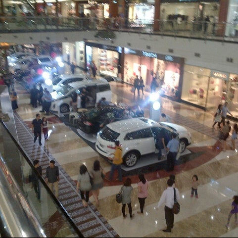 Photo taken at Pondok Indah Mall 2 by Tauchid P. on 11/3/2012