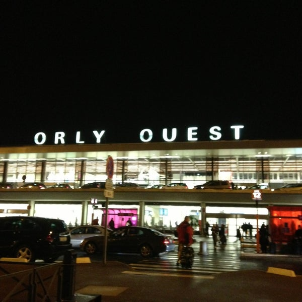 Photo taken at Aéroport de Paris-Orly (ORY) by Juan D. on 1/27/2013